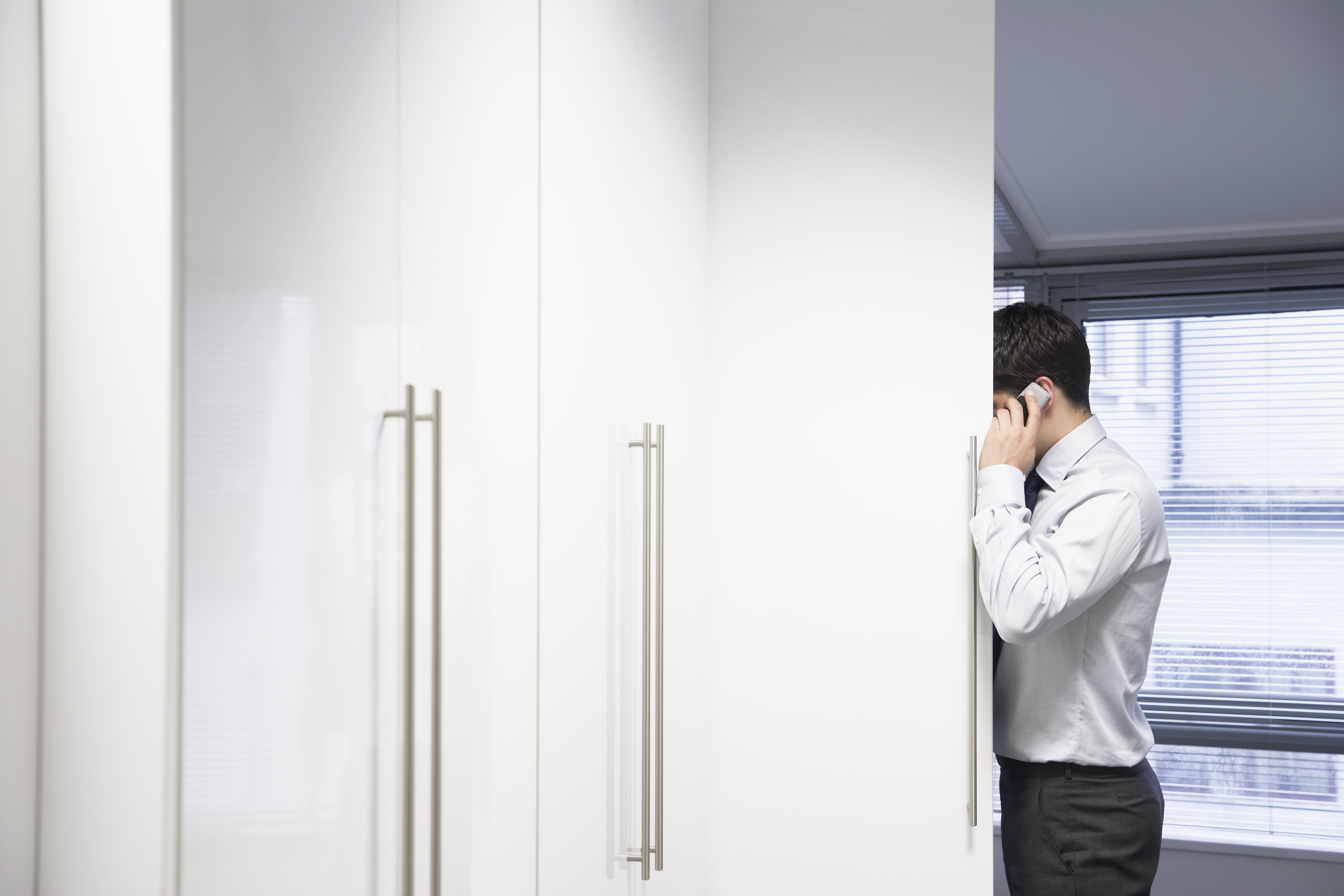 ptsd help goole yorkshire hiding behind door